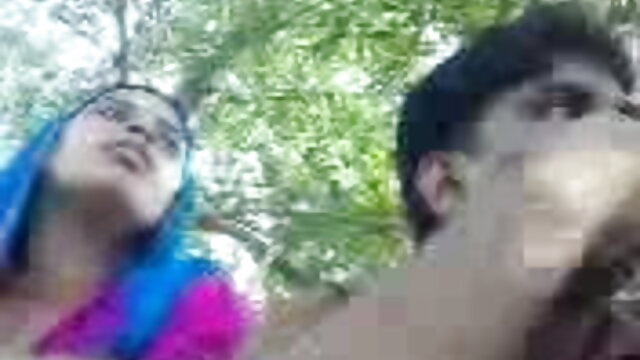 বাঁড়ার রস খাবার, ভোজপুরি সেক্সি হট গান ব্লজব, বড়ো মাই
