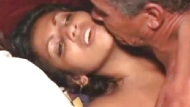 দ্বৈত সেক্সি ভিডিও গান বাংলা মেয়ে ও এক পুরুষ