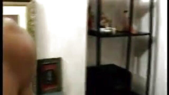 সুন্দরি সেক্সি মহিলার, তিনে মিলে সেক্সি সেক্সি গান