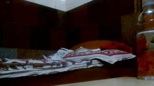 বাঁড়ার রস খাবার, তামিল সেক্সি ভিডিও গান সুন্দরি সেক্সি মহিলার