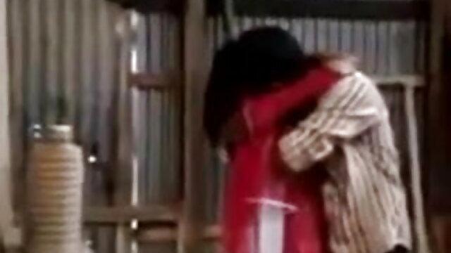 সুন্দরি সেক্সি বাংলা সেক্সি গান মহিলার, পরিণত