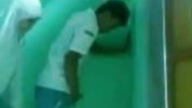 পুরানো-বালিকা বন্ধু সেক্সি সং সেক্সি সং মৌখিক অপেশাদার তিনে মিলে