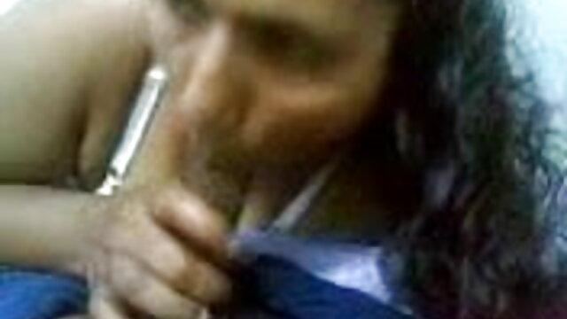 বড়ো বুকের মেয়ের সেক্সি ভোজপুরি ভিডিও গান