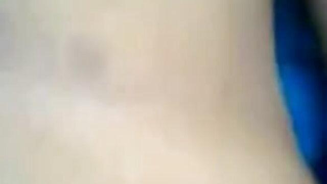 দম্পতি উল্লাসধ্বনি জিহ্বা দিয়ে তেল ম্যাসেজ এবং শেষ দিয়ে শুরু এবং এর একজন সেক্সি ভোজপুরি সং সদস্য