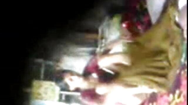 ব্লজব, বস, এইচডি সেক্সি ভিডিও সং মহিলাদের অন্তর্বাস