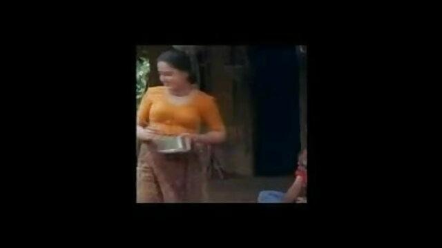 সুন্দরি সেক্সি মহিলার, সেক্সি ভিডিও গান বাংলা পরিণত