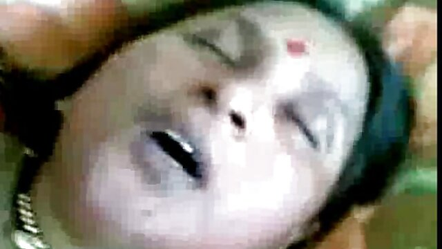 বড় সুন্দরী মহিলা, মোটা, ওয়েবক্যাম ভোজপুরি সেক্সি