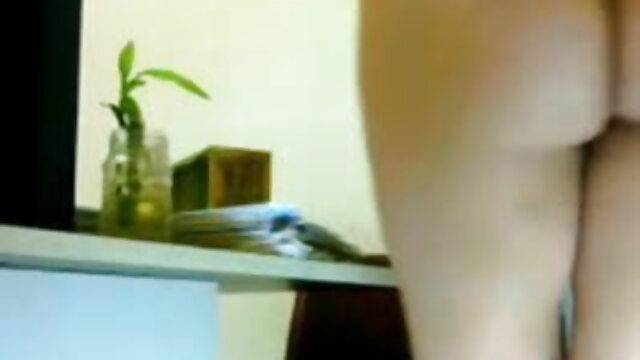 লাল আমার সেক্সি গান ভিডিও প্রেম মুখের মধ্যে লাগে এবং ক্যান্সারের বিরুদ্ধে বাধা