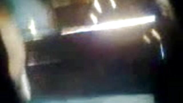 মার্জিত পোষাক ফিরে কোম্পানী এবং উল্লম্ব প্রকার সমস্যা সেক্সি গান ভিডিও একটি দল সঙ্গে হয়