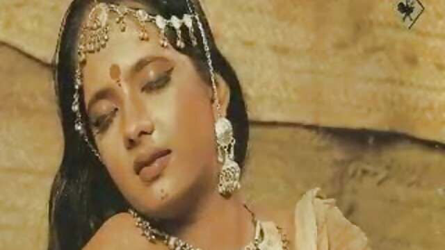 মেয়ে বাংলা সেক্সি গান সমকামী, সুন্দরী বালিকা
