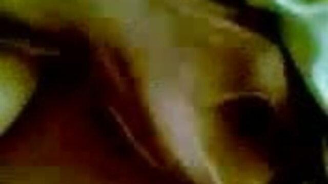 দ্বৈত মেয়ে ও এক বাংলা ছবির সেক্সি গান পুরুষ