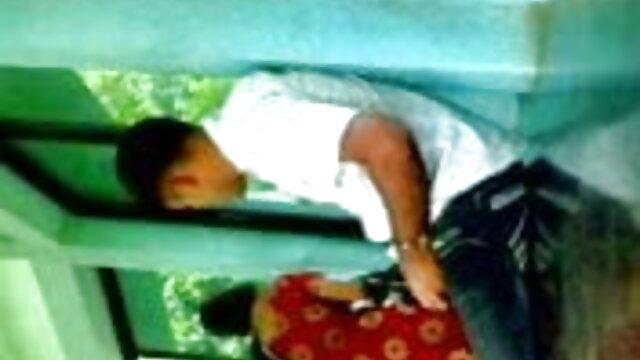মেয়েদের হস্তমৈথুন, মাই এর, ছোট মাই সেক্সি গান ভিডিও