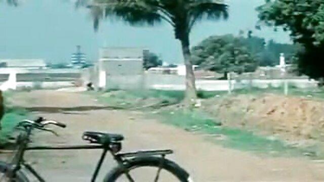 সুন্দরি সেক্সি মহিলার, মা, সেক্সি ভিডিও গান বাংলা