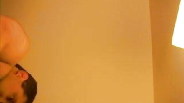 এখন যৌন এবং অনুশীলন করতে ভালবাসেন যারা হিন্দি ভিডিও সেক্সি গান একটি সুখী মেয়ে.