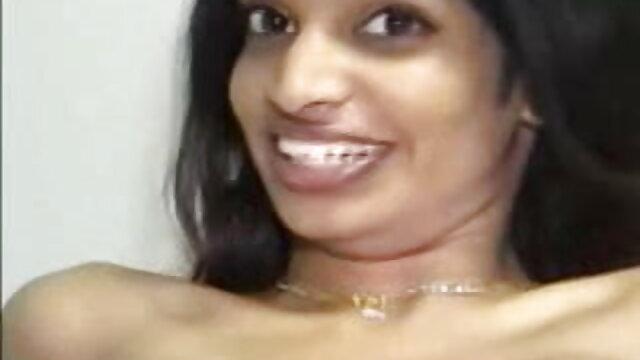 গুদে হাত ঢোকানর, প্রচণ্ড উত্তেজনা, ভোজপুরি সেক্সি ভিডিও গান চরম