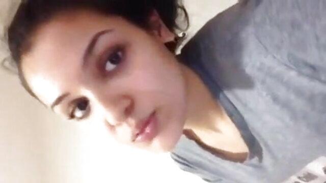 সুন্দরী বালিকা, এশিয়ান, বাংলা হট সেক্সি গান সর্বজনীন