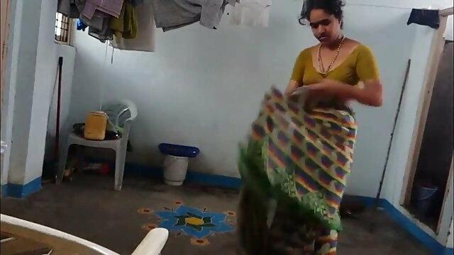 দুর্দশা, ব্লজব, সুন্দরী ভোজপুরি সেক্সি বালিকা