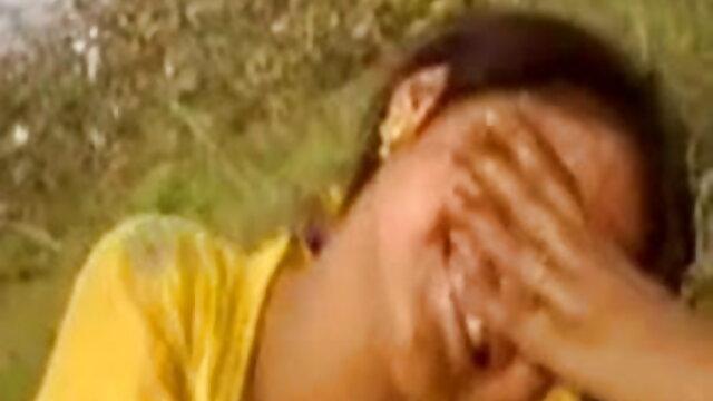 মেয়েদের হস্তমৈথুন যৌন্য উত্তেজক বাংলা ছবির সেক্সি গান মাই এর