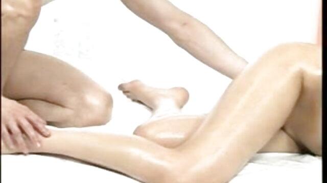 এটা ভাল এবং ভাল পায়! দুধ ফলের মেশিন সেক্সি ভোজপুরি ভিডিও গান