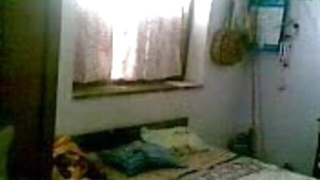 তিনে মিলে কামে দিশাহারা মহিলার শ্যামাঙ্গিণী সেক্সি গান ভিডিও সুন্দরী বালিকা