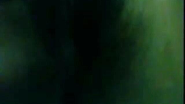 মহিলাদের অন্তর্বাস, নতুন সেক্সি গান মেয়ে সমকামী