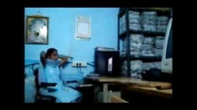 দ্বৈত মেয়ে হিন্দি সেক্সি ভিডিও গান ও এক পুরুষ