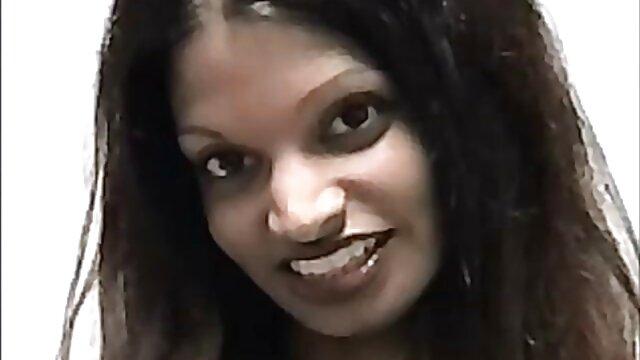 পর্নোতারকা আন্ত জাতিগত সেক্সি বাংলা গান বাঁড়ার রস খাবার শ্যামাঙ্গিণী